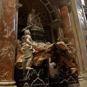Pope Alexander VII's tomb (StreetView)