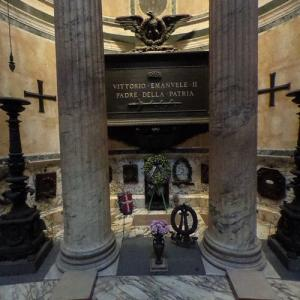 King Victor Emmanuele II of Italy's tomb at the Pantheon (StreetView)