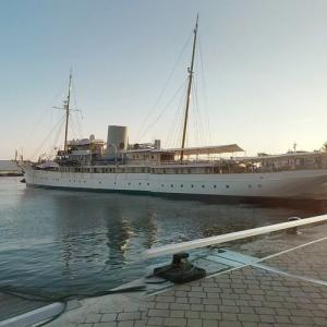 "Former Royal Yacht ""Nahlin"" and ""Libertatea"" (StreetView)"