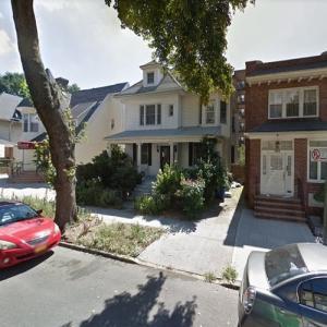 Martha Plimpton's House (StreetView)