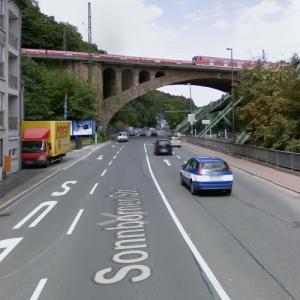 Sonnborner Eisenbahnbrücke (StreetView)