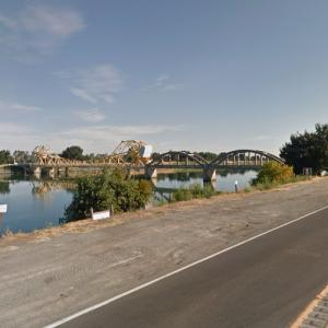 Isleton Bridge (StreetView)