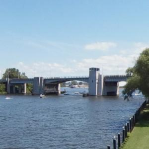 Blossomland Bridge (StreetView)
