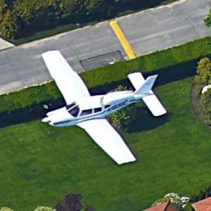 Small Plane in Flight (Google Maps)