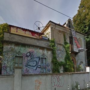 Pirate House (StreetView)