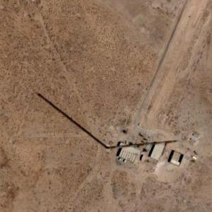 Umm Qasr TV Mast (tallest structure in Iraq) (Google Maps)