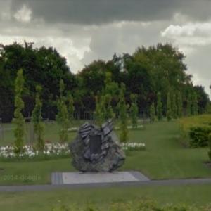 Poznan Pe-2FT crash memorial (10 June 1952) (StreetView)