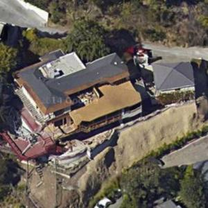 Justin Bieber's House (Rental) (Google Maps)