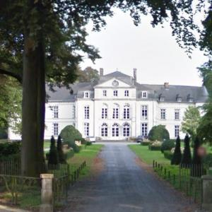 Château de Bois-Seigneur-Isaac (StreetView)
