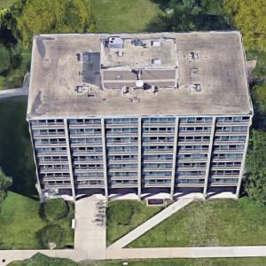 'Carman Hall Apartments' by Mies van der Rohe (Google Maps)