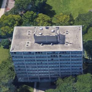 'Bailey Hall Apartments' by Mies van der Rohe (Google Maps)