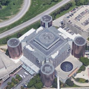 'Hyatt Regency Complex' by John Portman (Google Maps)