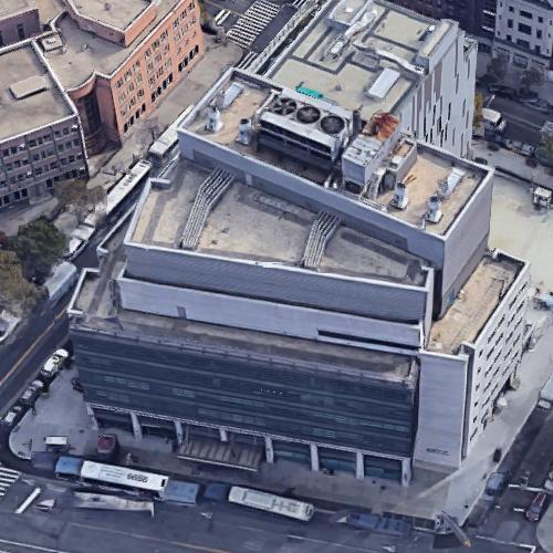 'Columbia University School of Nursing' by Michael Graves (Google Maps)