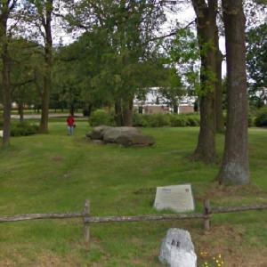 D47 Angelslo (Passage Grave) (StreetView)