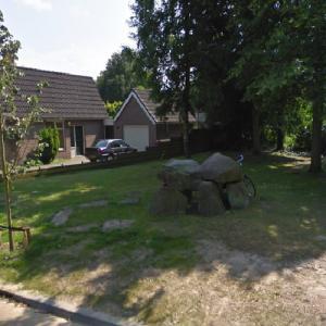 D9 Annen (Passage Grave) (StreetView)
