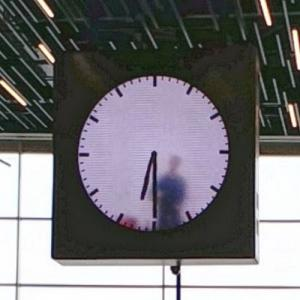 "Maarten Baas' ""Real Time"" clock at Schiphol Airport (StreetView)"