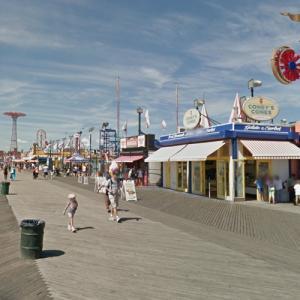 Coney Island Fun (StreetView)