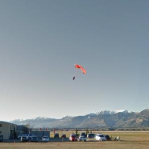 Skydiver Landing (StreetView)