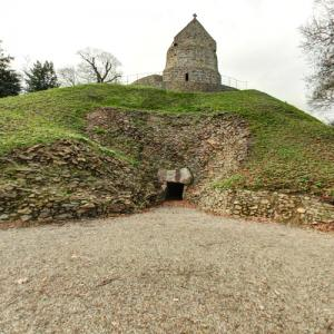 La Hougue Bie (oldest building in the Channel Islands) (StreetView)