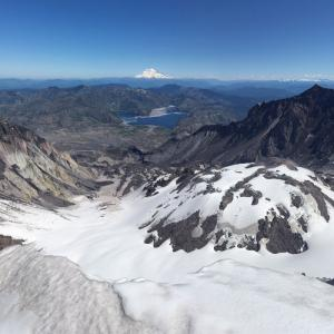 Mount St. Helens and Mount Rainer (StreetView)