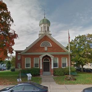 Fulton County Courthouse (oldest courthouse in New York) (StreetView)