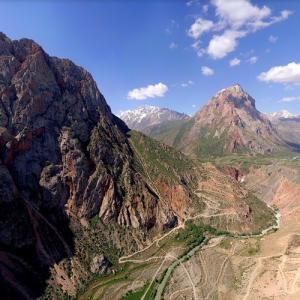 Fann Mountains (StreetView)