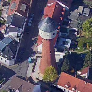 Plankstadt water tower (Google Maps)