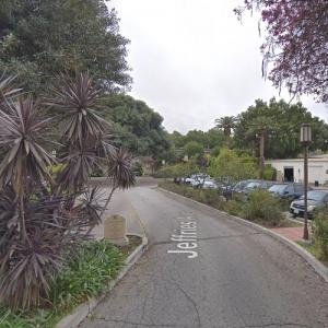 Los Angeles River Center & Gardens (StreetView)