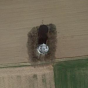 Moosinning water tower (Google Maps)
