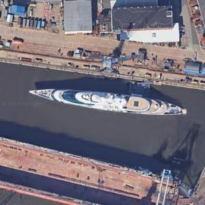 Superyacht YAS (Swift 141) at Blohm & Voss Yard (Google Maps)