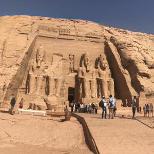 Closeup of Abu Simbel Temples (StreetView)