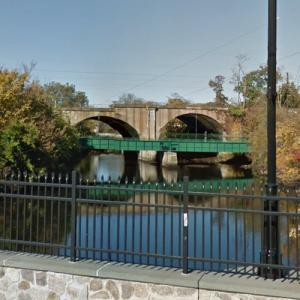 Amtrak - Rahway River Bridge (StreetView)