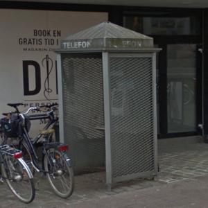 Last phone booth in Denmark removed (StreetView)