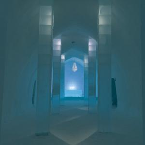 Inside the Icehotel (StreetView)