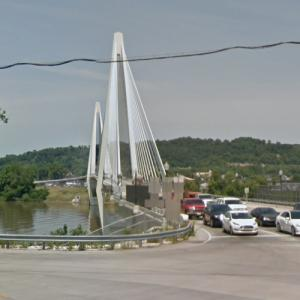 Oakley Clark Collins Memorial Bridge (StreetView)