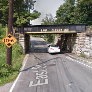 East Street Railroad Bridge (StreetView)