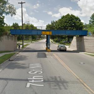 PGR - 7th Street Overpass (StreetView)