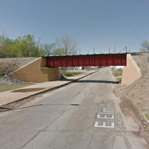 UP - Elm Avenue Overpass (StreetView)