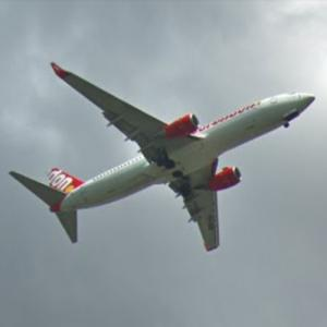 Corendon Dutch Airlines Boeing 737–800 (StreetView)