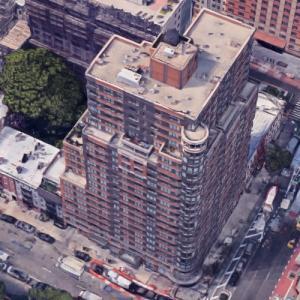 'Eastbridge Landing Apartments' by Costas Kondylis (Google Maps)