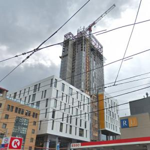 'Daphne Cockwell Health Sciences Complex' by Perkins and Will under construction (StreetView)