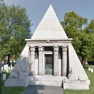 Egbert Ludovicus Viele's mausoleum at West Point (StreetView)