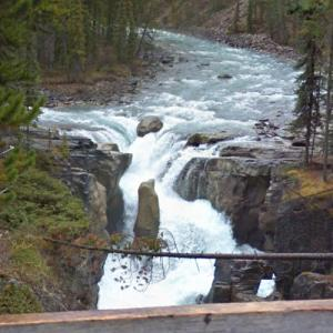 Sunwapta Falls (StreetView)
