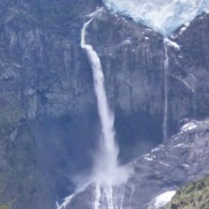 Hanging Glacier Falls (StreetView)