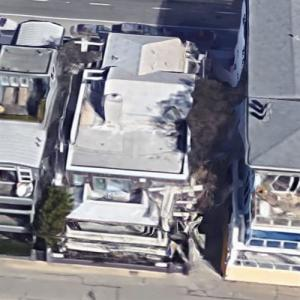 Amy Sherman-Palladino's House (Former) (Google Maps)
