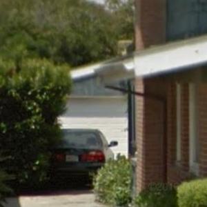 "Tony's garage (""Dexter"") (StreetView)"