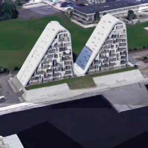 The Wave Apartment Complex (Google Maps)