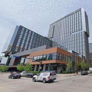'Omni Louisville Hotel' by HKS, Inc. (StreetView)