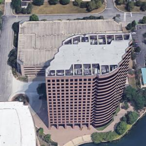 'One Lincoln Centre' by HKS, Inc. (Google Maps)