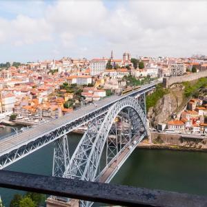 Dom Luís I Bridge/Porto (StreetView)